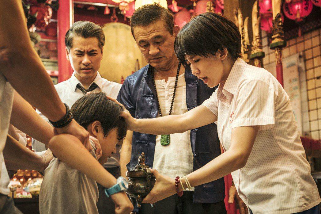 「通靈少女」是一部屬於台灣在地文化的故事,讓觀眾看了更有感。圖/HBO Asia