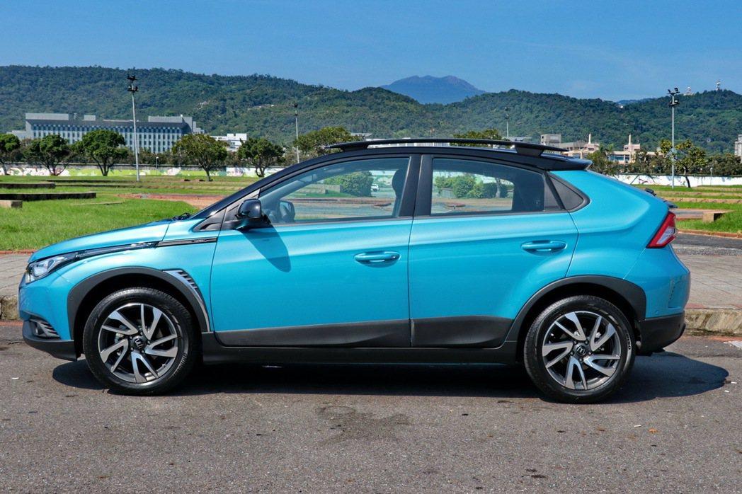 U5是評比車款中軸距及車身尺碼最大的車款。 記者陳威任/攝影