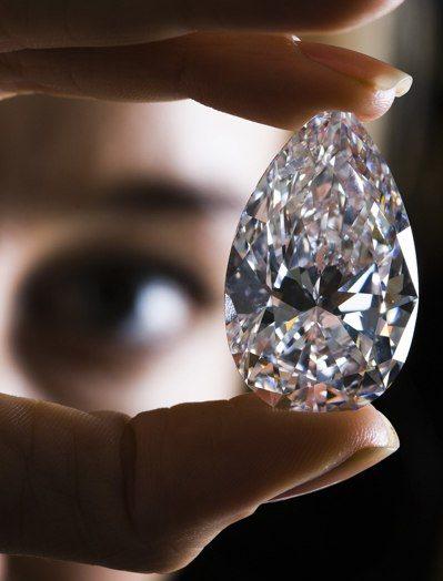 別管黃金了 包裝成投資產品的鑽石可能比黃金更能避險