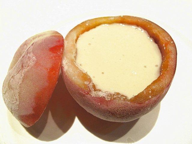 Hermitage de TAMURA法式餐廳必吃桃子濃湯。 圖/有行旅提供