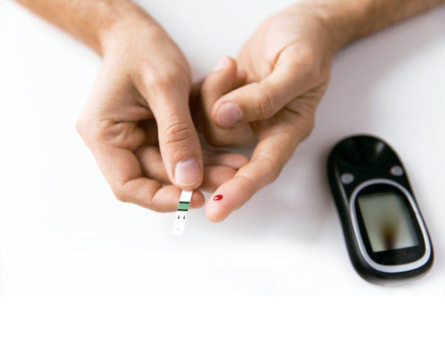 血糖只要超標就得立刻服藥嗎?被診斷罹患糖尿病,許多患者擔心是否得吃藥一輩子。