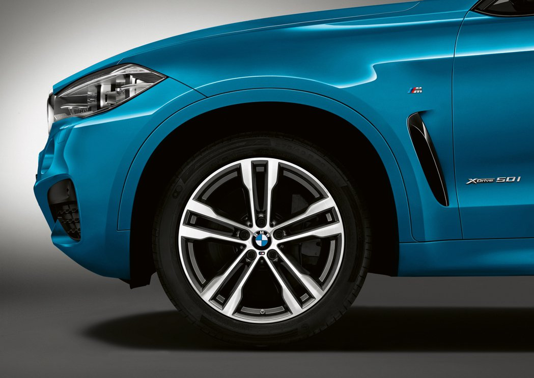BMW X6 M Sport Edition擁有20吋輪圈,也可以選配到21吋。圖/BMW提供