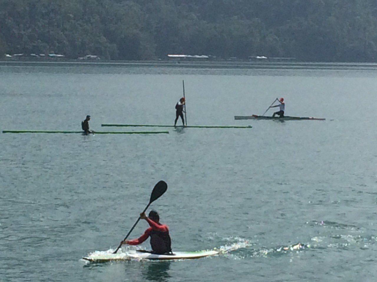 水里商工學生在月牙灣練習照。圖/劉丙燈提供