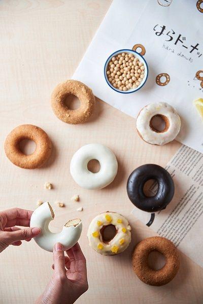 hara donuts25~35元/個/來自日本的人氣甜甜圈品牌,以豆乳與全麥粉...