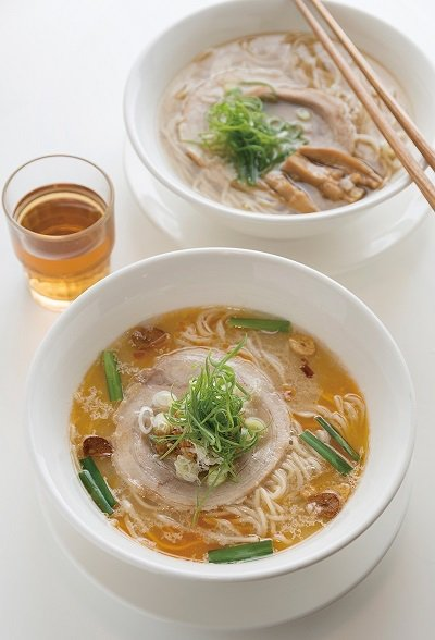 辛口味噌拉麵280元/高湯採用兩種不同的味噌融合而成,兩年熟成的麴味噌及 半年熟...