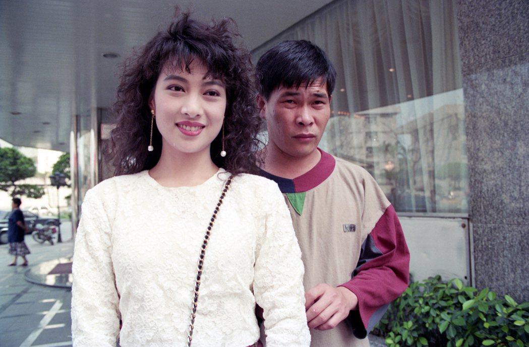 家庭喜劇「家有仙妻」劇中演員(左起)林以真與彭恰恰。圖/聯合報系資料照