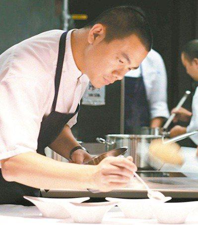 台灣名廚江振誠,宣布其在新加坡餐廳Restaurant ANDRE歸還米其林二星...