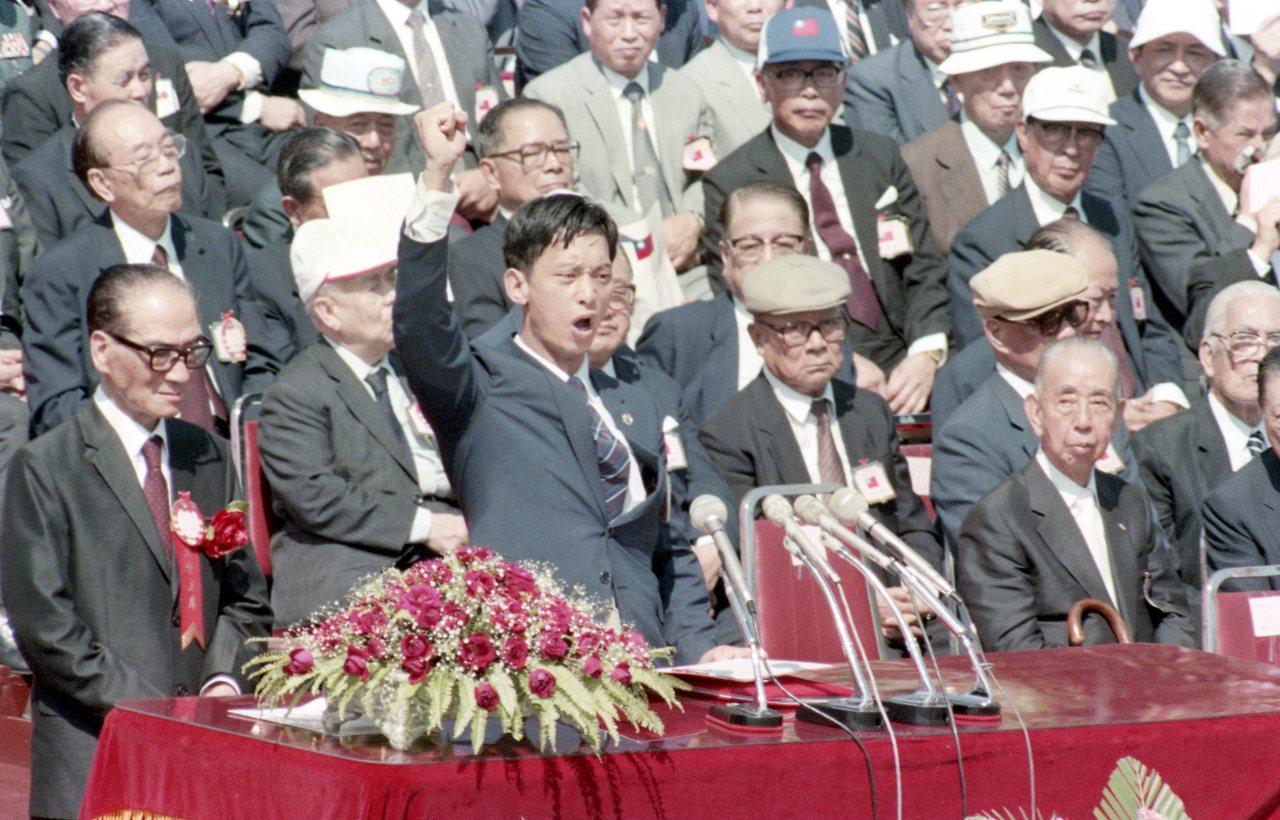 蕭天潤在中華民國國慶大會中抒發自由的心聲。 報系資料照