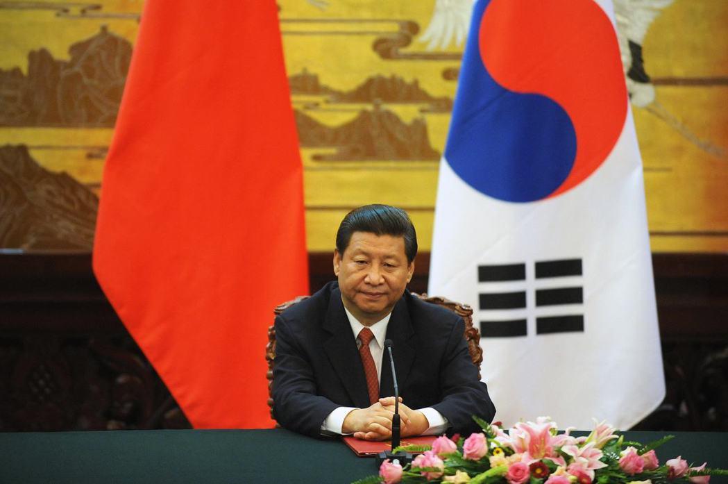 自習近平接班以來,一直將阻止美國干預韓半島視為要務,藉著「亞洲人管亞洲」的論點,...