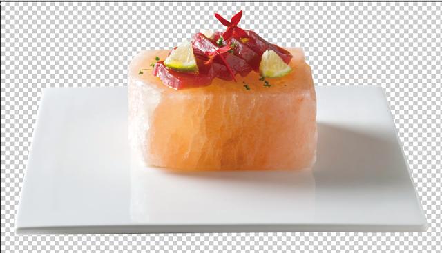 義式生鮪魚佐香檸油醋喜馬拉雅鹽磚。