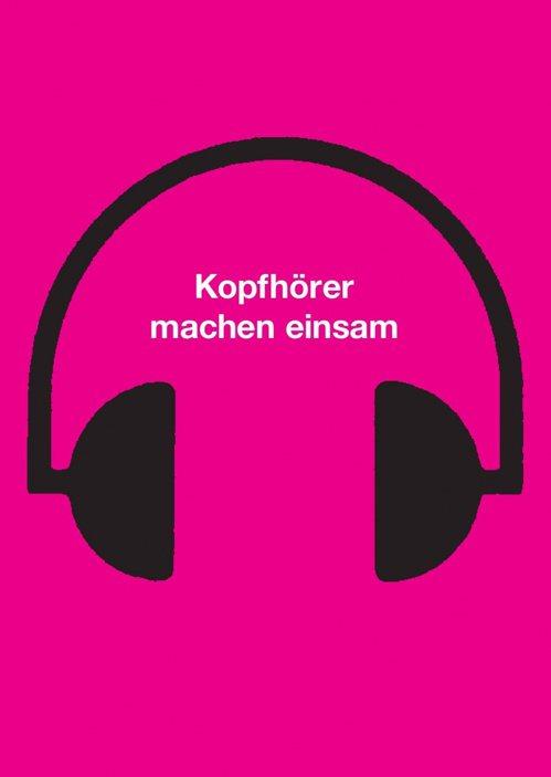 海報主題:用耳機聽音樂是孤獨的