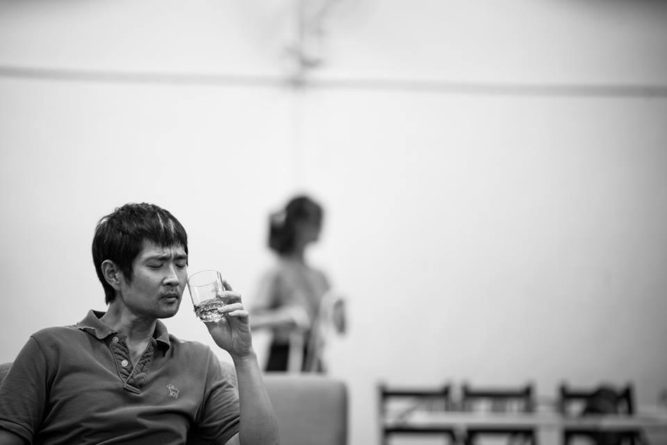 《黑夜之後》以酒為引,展開無限擴張的感知世界。