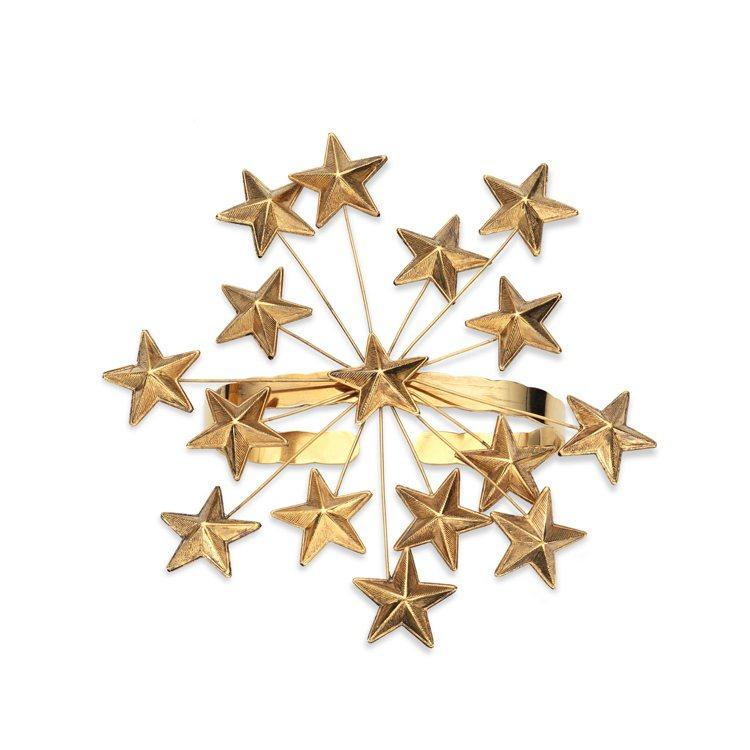 金色星星手飾,60,900元。圖/Gucci提供