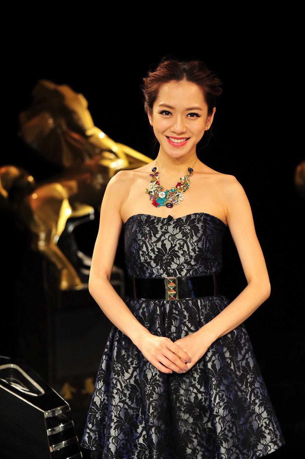 楊千霈是第八次主持星光大道。圖/台視提供
