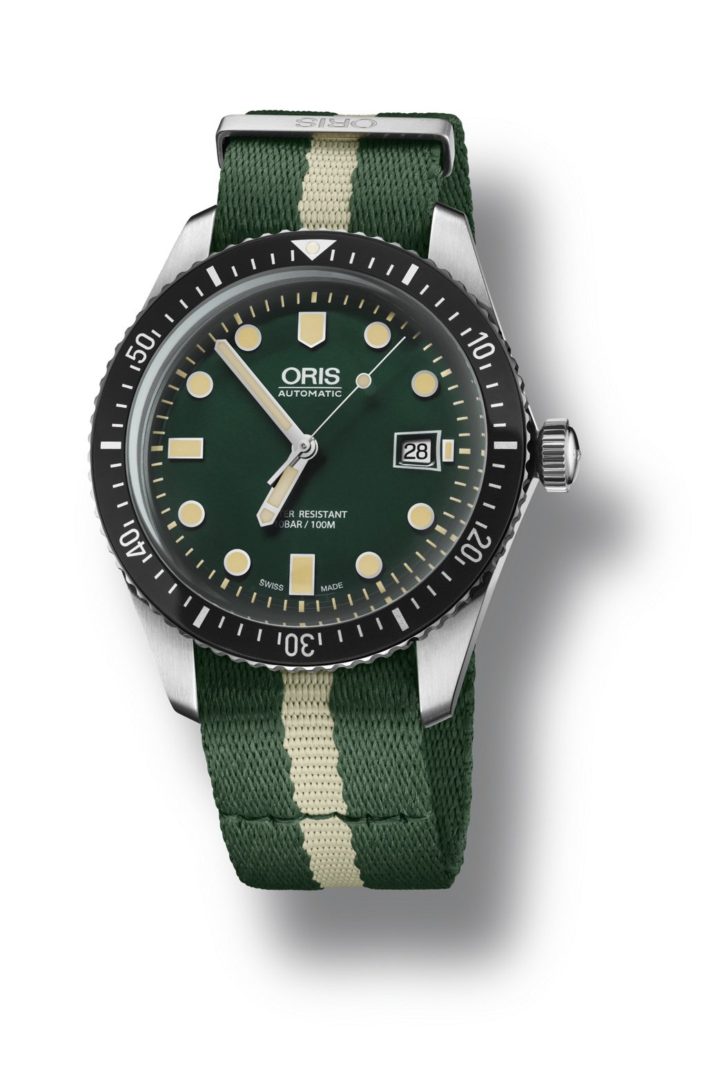 Oris Divers Sixty-Five潛水表綠色面盤搭配綠色Nato織帶,...