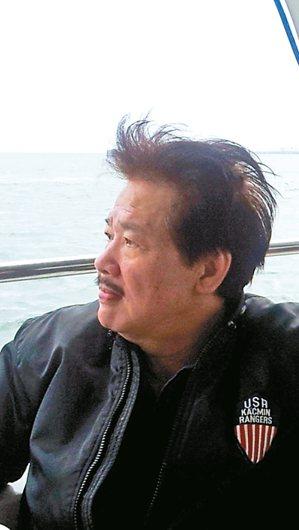 2013年4月13日,李永平搭船橫渡淡水河到八里,去看發生命案的媽媽嘴咖啡屋。 ...
