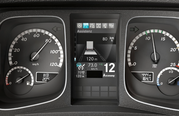 Proximity Control Assist車距控制系統,定速巡航當偵測到障...