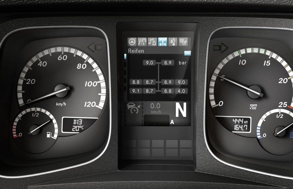 Tyre Pressure Monitor胎壓監測系統,協助駕駛精準掌握胎壓狀態...