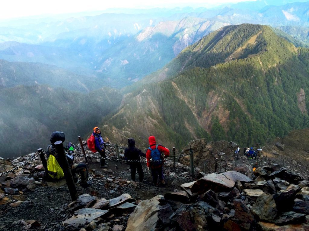 登山人一生必爬Top10-玉山主峰|圖片來源:Tripbaa趣吧!達人帶路