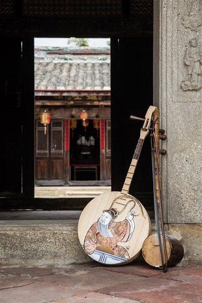 大廣弦和月琴,是唸歌的好搭檔。