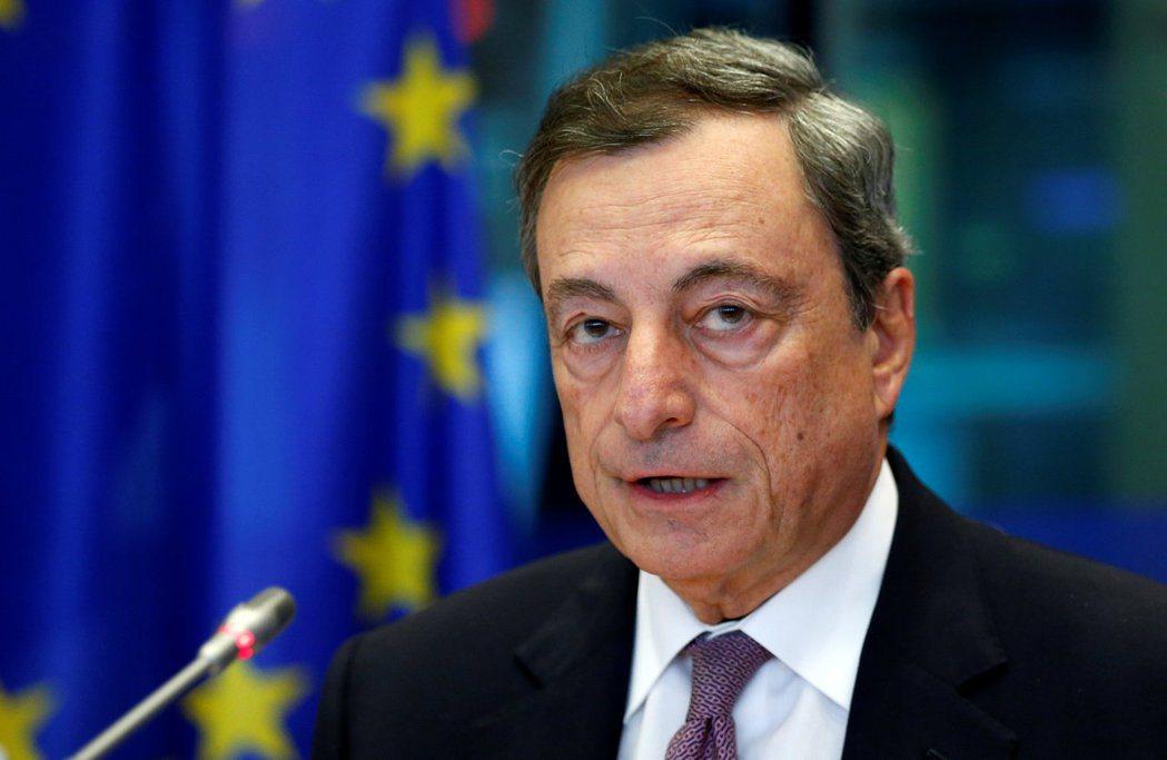 ECB總裁德拉基表示,購債計畫將繼續實施,直到通膨展望持續改善。(路透)