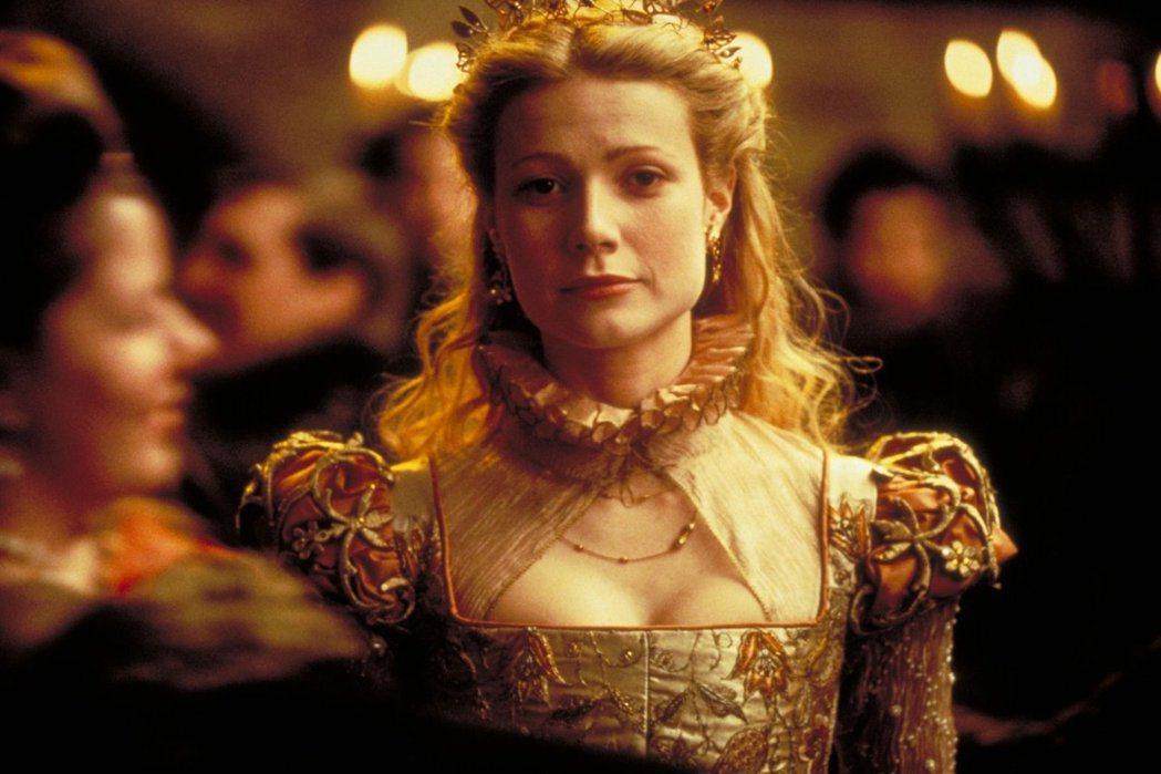 「莎翁情史」逆轉勝奪奧斯卡最佳影片是哈維溫斯坦的代表作,但女主角葛妮絲派楚也曾被...