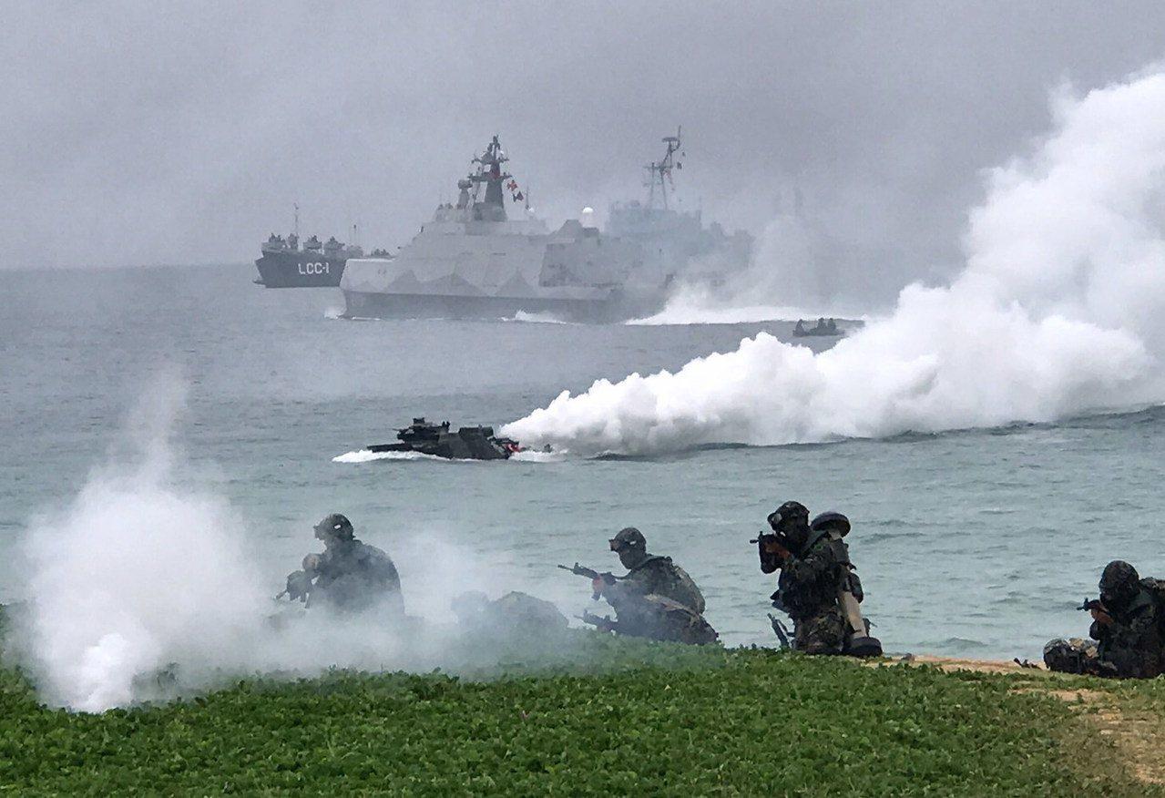 陸戰九九旅林園靶場昨天(12日)在林園靶場實施T91步槍實彈射擊訓練項目,流彈疑...