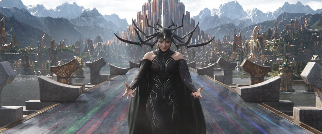 由凱特布蘭琪飾演的「冥后」海拉,這一回在「雷神索爾3:諸神黃昏」中飾演大反派。圖...