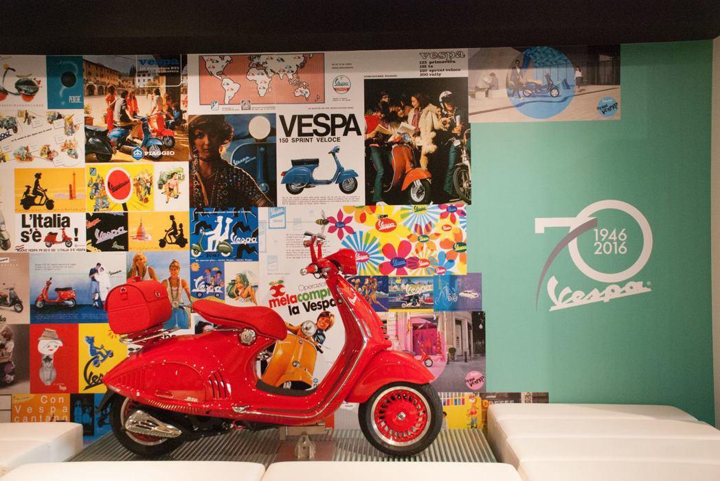 Vespa大喆國際旗艦店展示946 RED。記者林昱丞/攝影