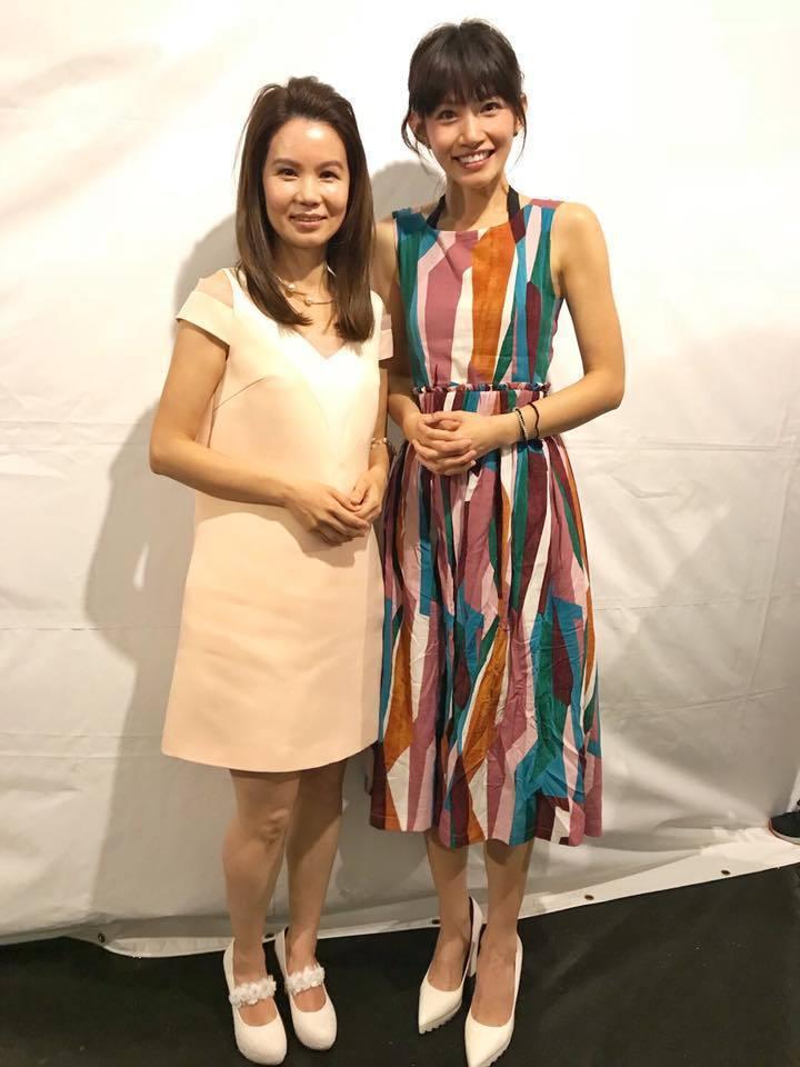 李千娜(右)是黃乙玲(左)的粉絲。圖/李千娜臉書粉絲專頁