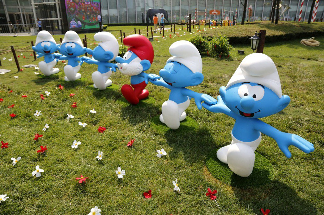 藍色小精靈(THE SMURFS)明年在中正紀念堂舉辦特展。圖/寬宏藝術提供