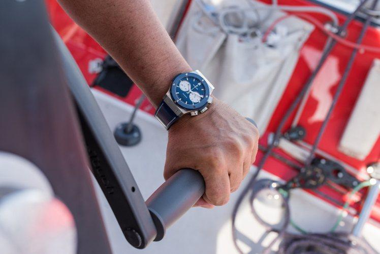 宇舶表從航海領域汲取靈感,以鍍鋁碳纖維和藍色陶瓷打造出現限量經典融合系列Bol ...