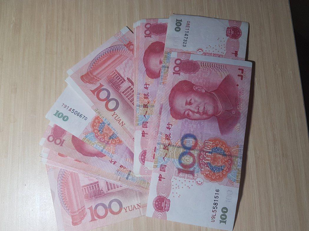 中國信託商銀說,若客戶想存高利定存,最常換的外幣是人民幣。 記者孫中英/攝影