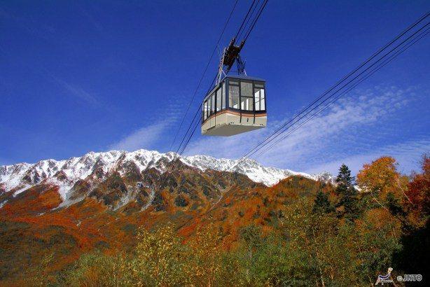 ©Toyama Prefectural Tourism Association/...