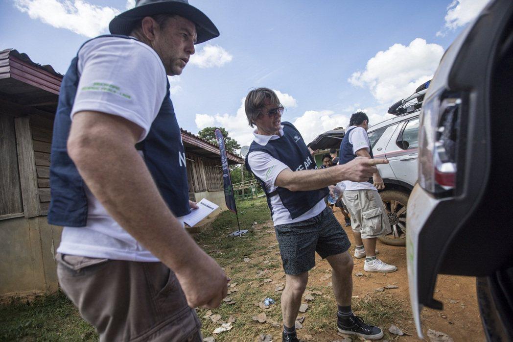 賽程包含一系列 Off Road 駕馭與團隊挑戰活動,除考驗駕馭技巧外,更強調障礙排除、野外求生技能與團隊合作默契。圖/Land Rover提供