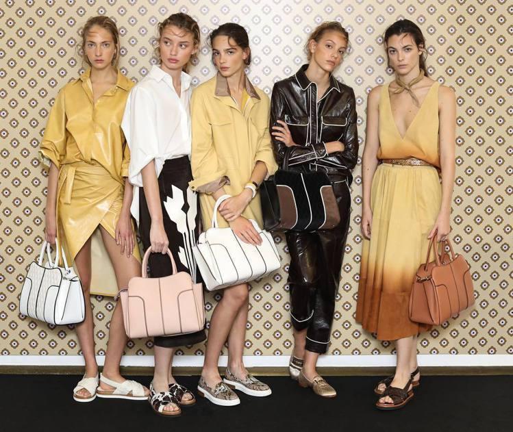 TOD'S Sella Bag為現代都會女性而生,是一款彰顯鞍具工藝與都會運動美...
