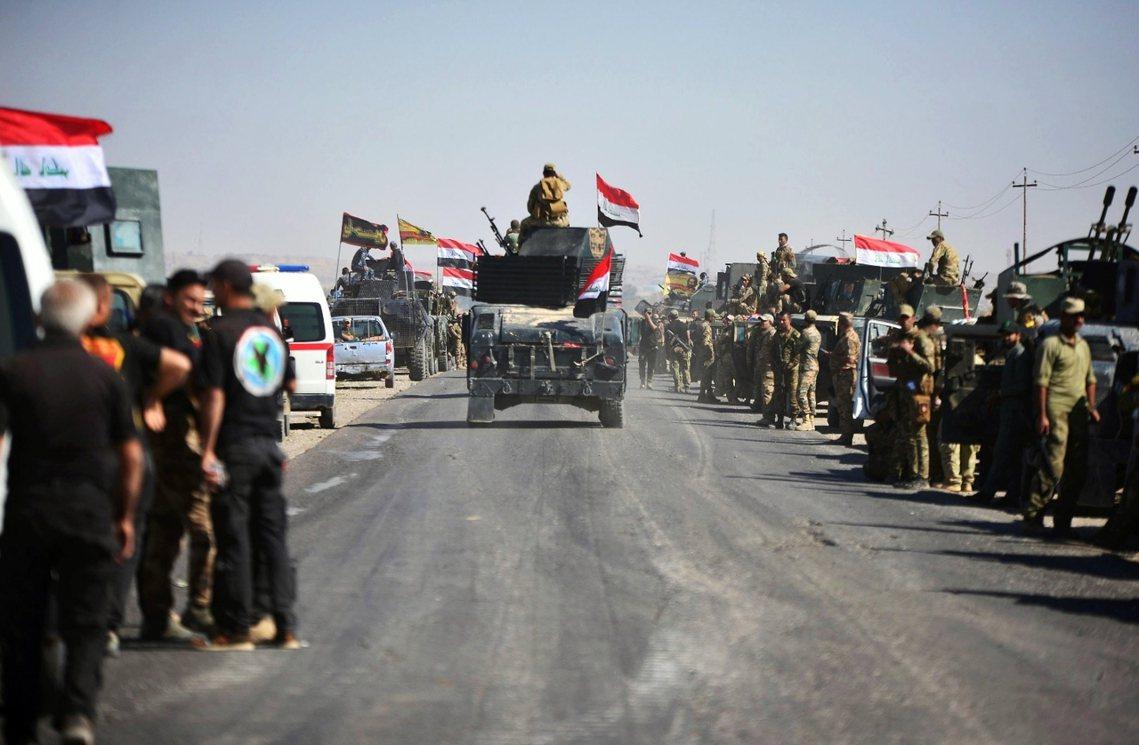 收復吉爾庫克的伊拉克軍隊。10月16日正好是去年伊拉克政府啟動「摩蘇爾收復戰役」...