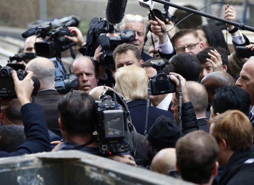 「作為記者,我的目標不是讓政治人物停止說謊,而是強化民主體制。」 圖/美...