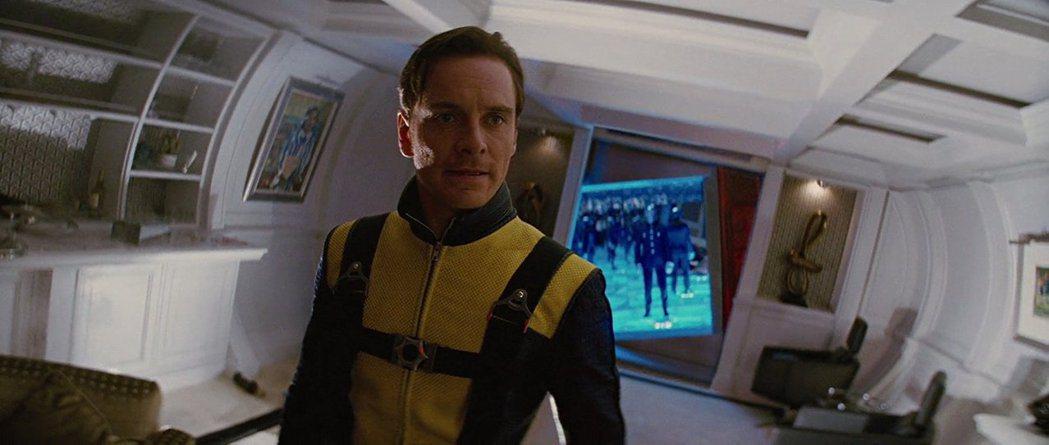 麥克法斯賓達在「X戰警」系列扮演年輕時的萬磁王。圖/摘自imdb