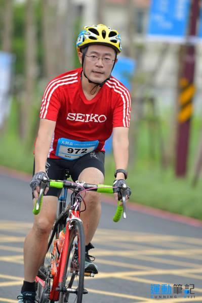 新北市議員李坤城熱愛馬拉松,更是三鐵健將。 圖/李坤城提供