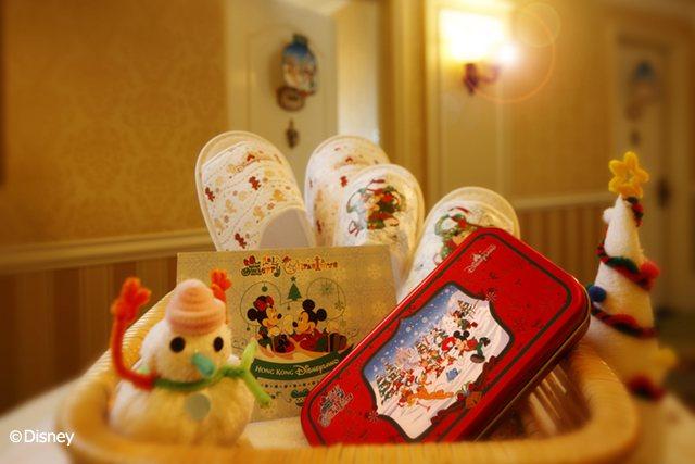 於聖誕慶祝活動期間入住度假區酒店都可享聖誕主題房間佈置哦。 圖/香港迪士尼樂...
