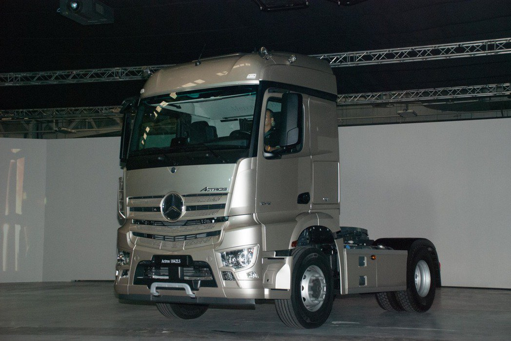 The New Actros。記者林昱丞/攝影