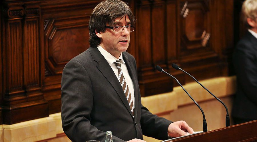 加泰隆尼亞自治區主席普吉德蒙早前曾寫信給西班牙總理拉霍伊,並沒有聲明已經脫離西班...