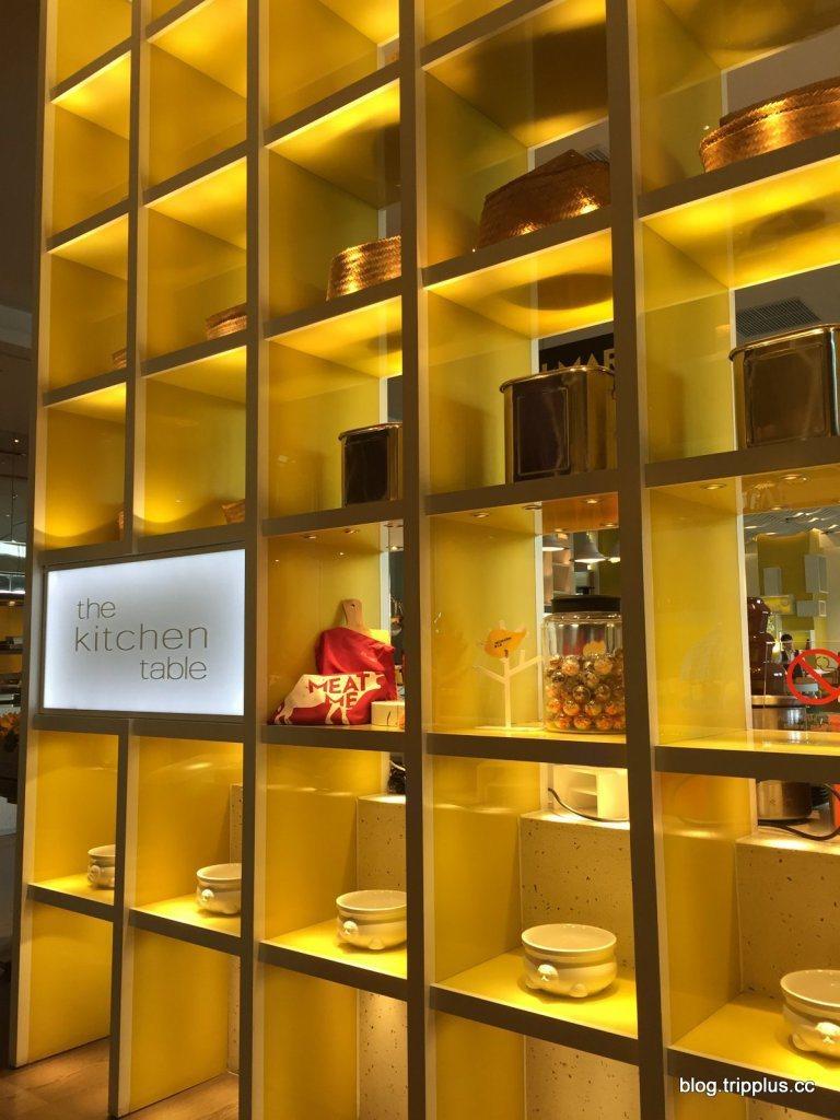 餐廳入口,以明亮的黃色帶來許多活力。圖文來自於:TripPlus