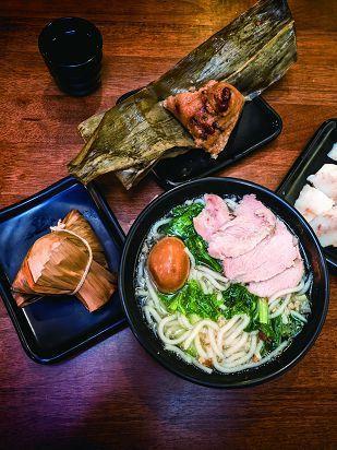 粿仔街是米食文化的發源地,生產多樣米食產品。(攝影/許斌)