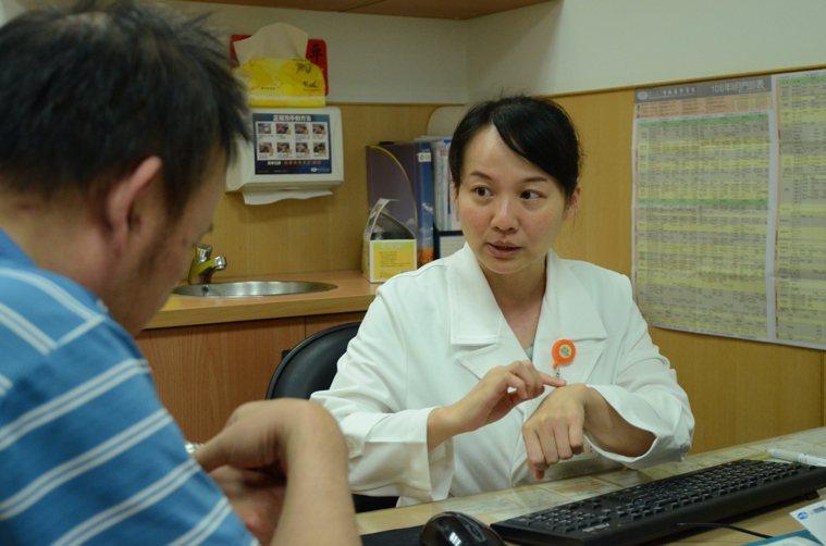 台北慈濟醫院風濕免疫科醫師劉津秀。圖/台北慈濟醫院提供