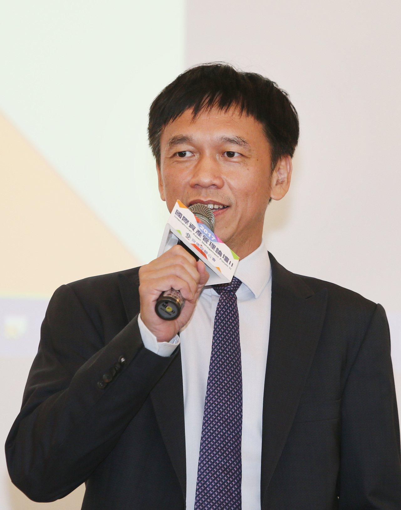 投信投顧公會理事長張錫表示,論壇邀請國際相關議題專家進行深入的剖析與分享,可協助...