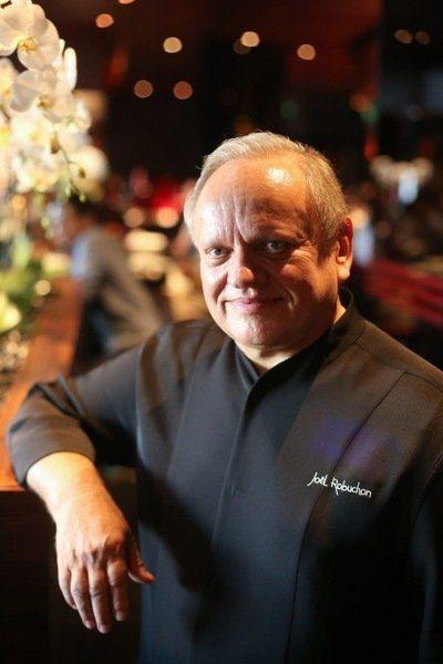 世紀名廚Joel Robuchon的侯布雄法式餐廳,在台北摘下二星以上的機率很高...