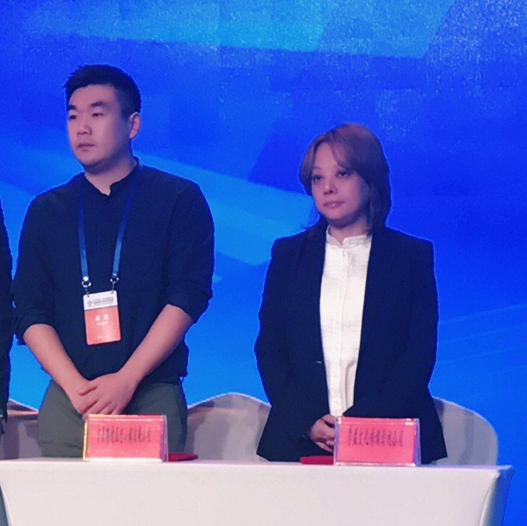 大唐國際娛樂王毓雅導演參與成都兩岸交流會。