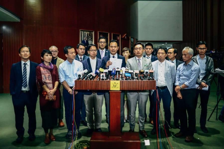 面對建制派提出修訂立法會大會《議事規則》來阻止拉布,泛民主派在極短時間內醞釀出反...